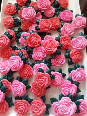 Αρωματικο σαπουνι γλυκερινης τριανταφυλλο με φυλλα