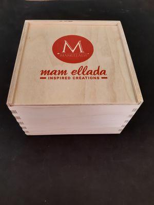 Premium wooden gift of 4 chutney no sugar