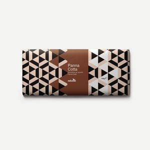 Chocolate with Panna Cotta filling NATURALS 145g