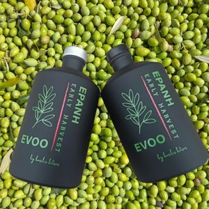 Extra virgin olive oil with phenols and early collection, Koroneiki variety, glass bottle painted chiara 500 ml