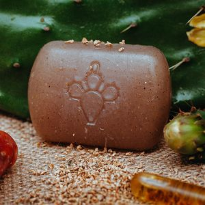 Exfoliating soap with prickly pear seed oil