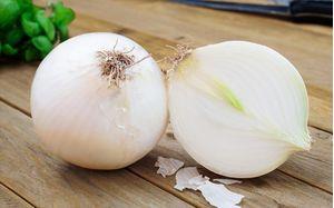 Κρεμμύδια Ξερά Άσπρα Μέτριο Βοιωτίας 1 κιλό